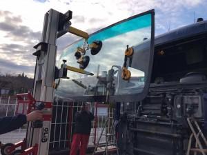 golia_windscreenlifter_3500ts_truck1